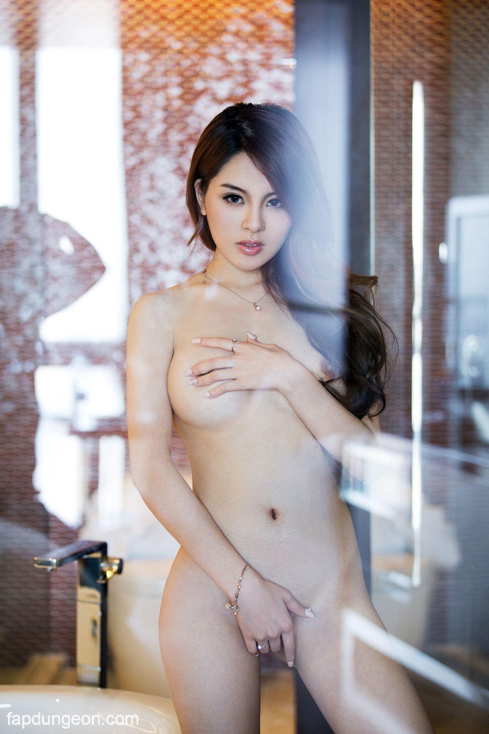 Zhao Wei  nackt