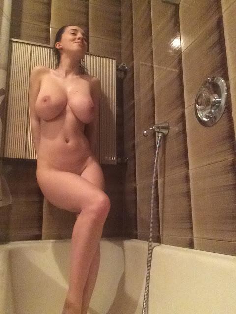 Nude finocchio BIG BOOBED