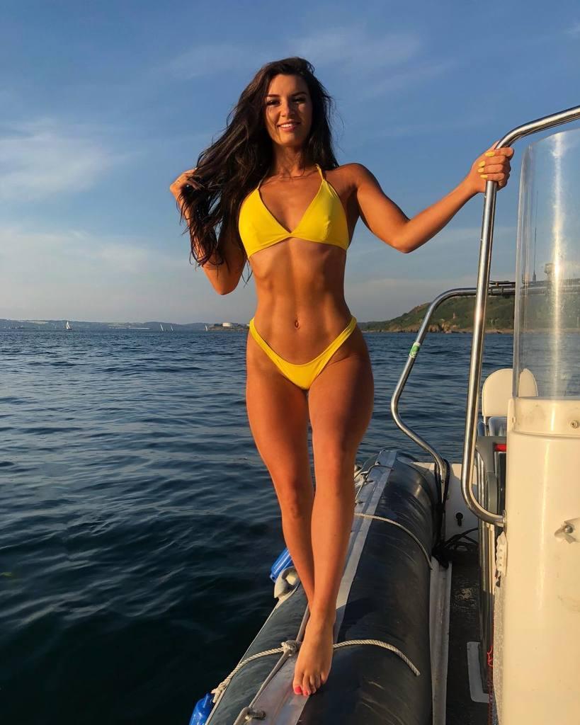 FitNakedGirls.com - Caroline O Mahony Fit & Sexy