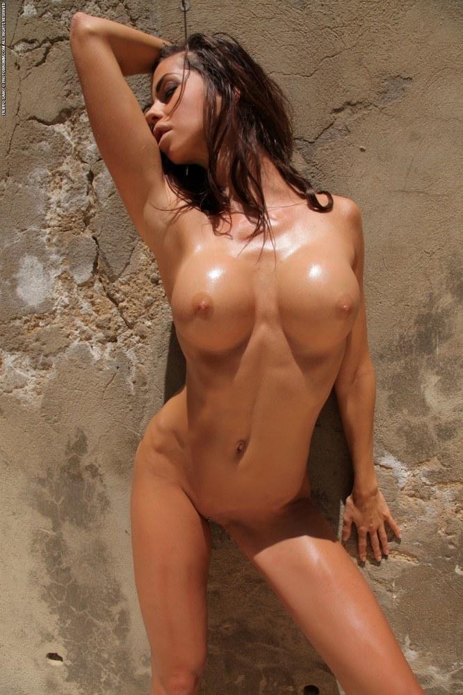 FitNakedGirls.com - Laura Zawadzka nude