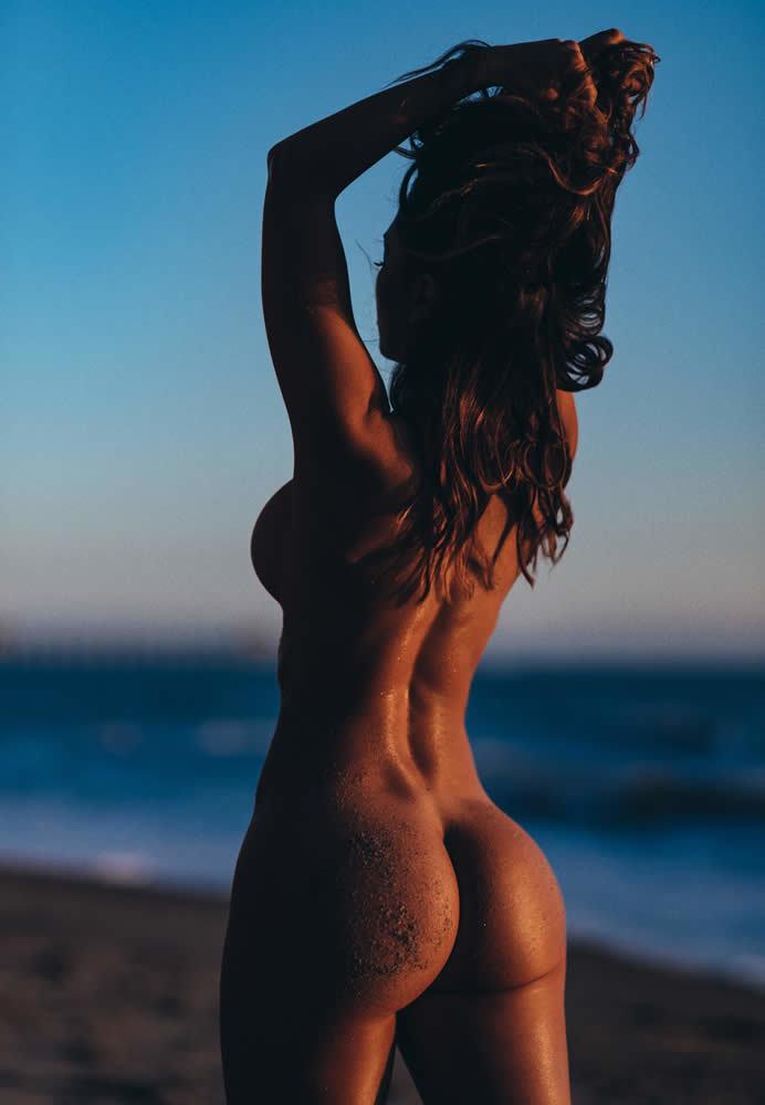 FitNakedGirls.com - Tianna Gregory Fit Nude