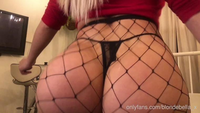 Blondebella X Onlyfans Nudes Leaks 0016