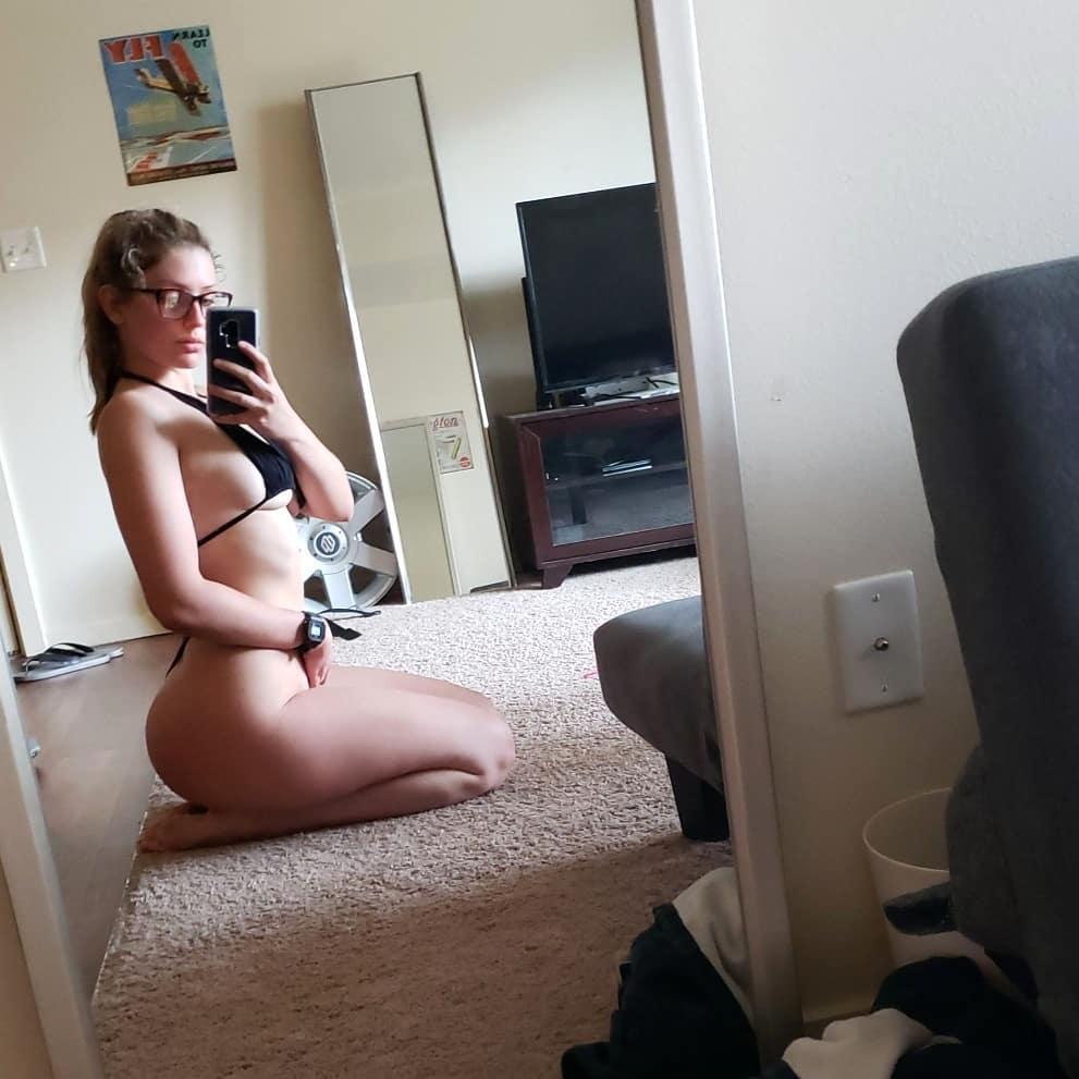 Allie Griffin nude 22