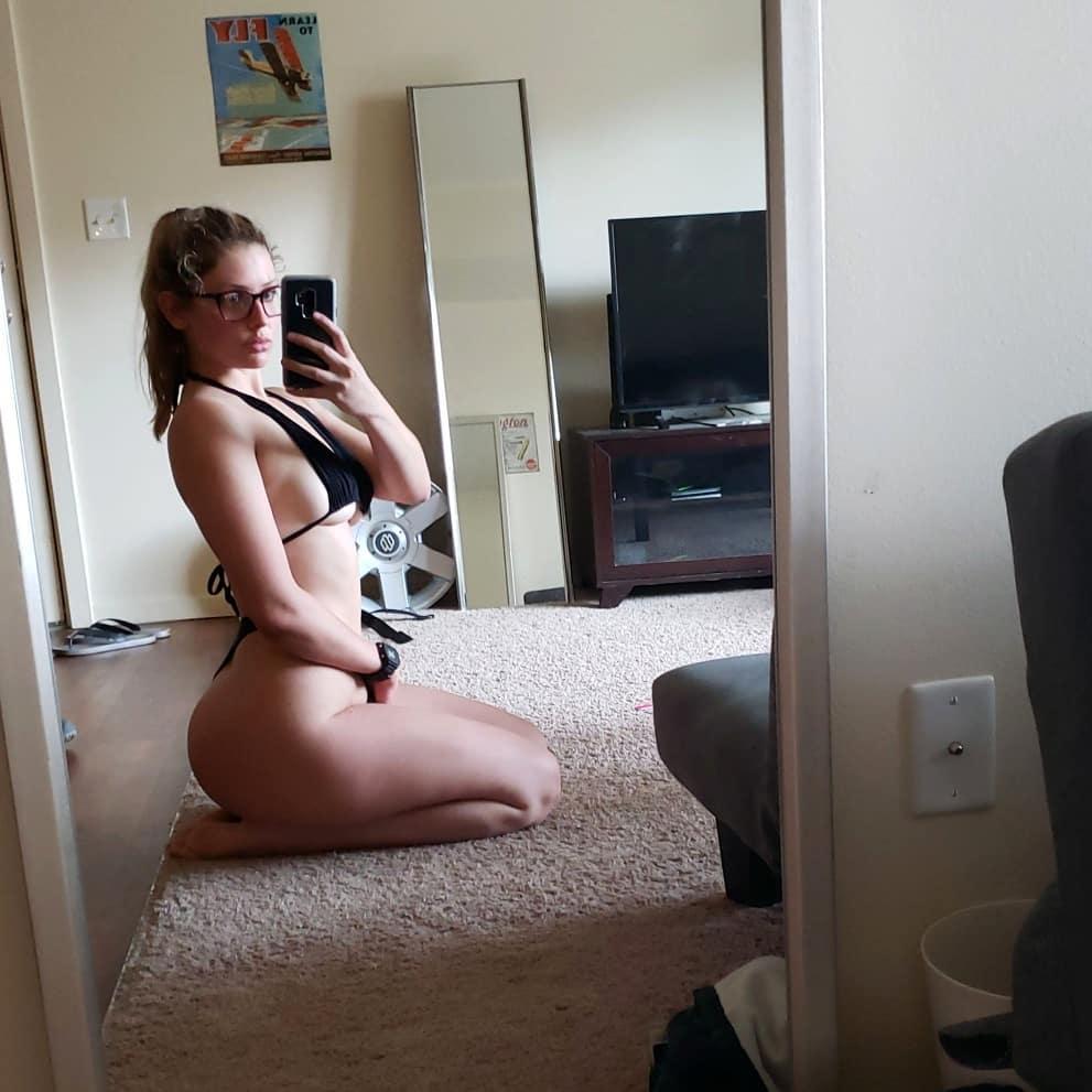 Allie Griffin nude 27