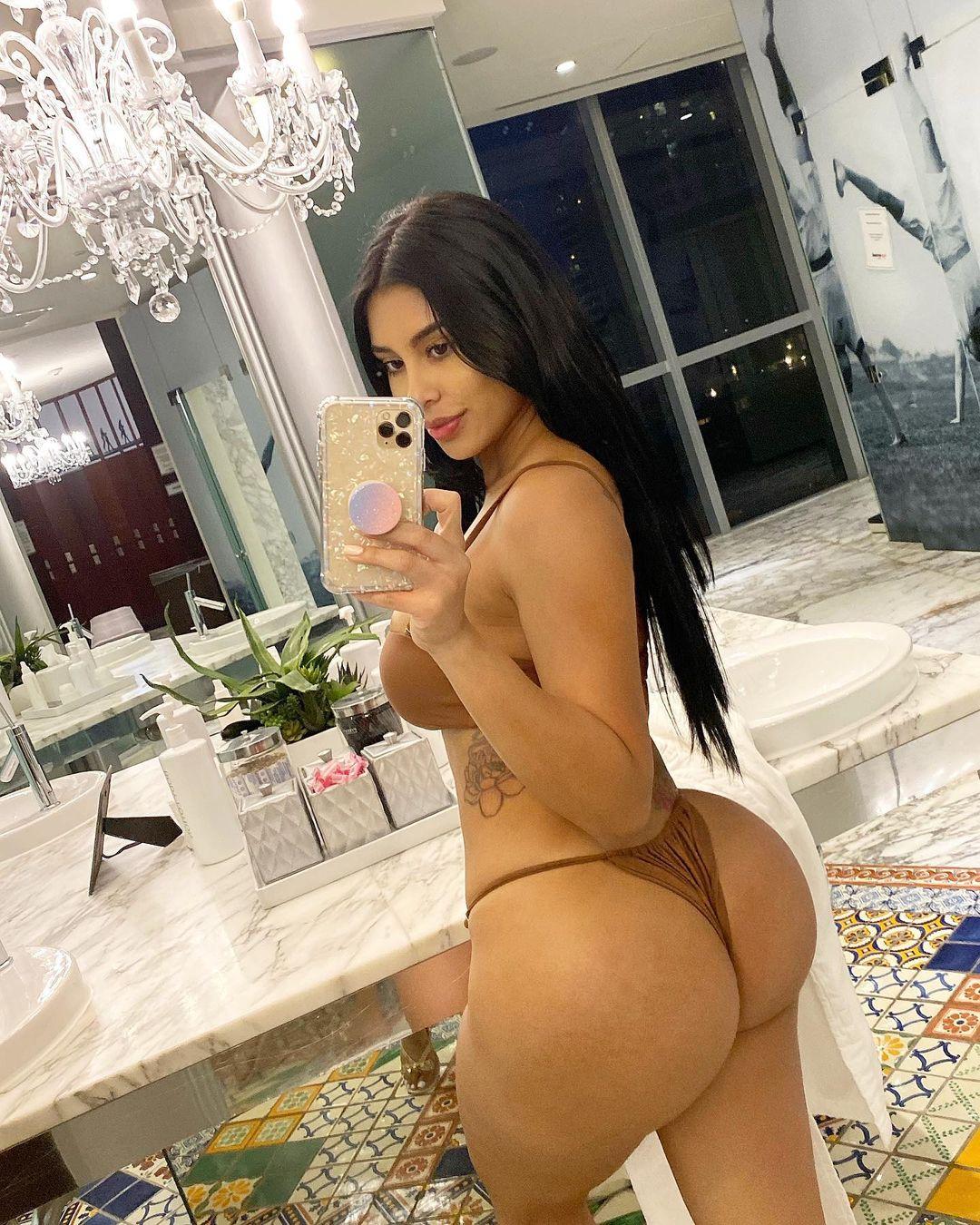Mia Francis Naked 10