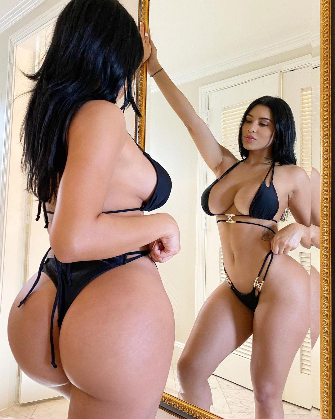 Mia Francis Naked 11