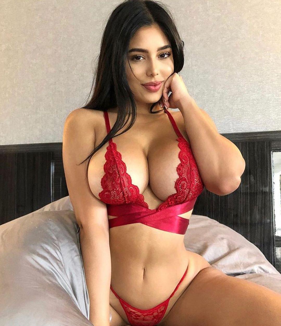 Mia Francis Naked 27