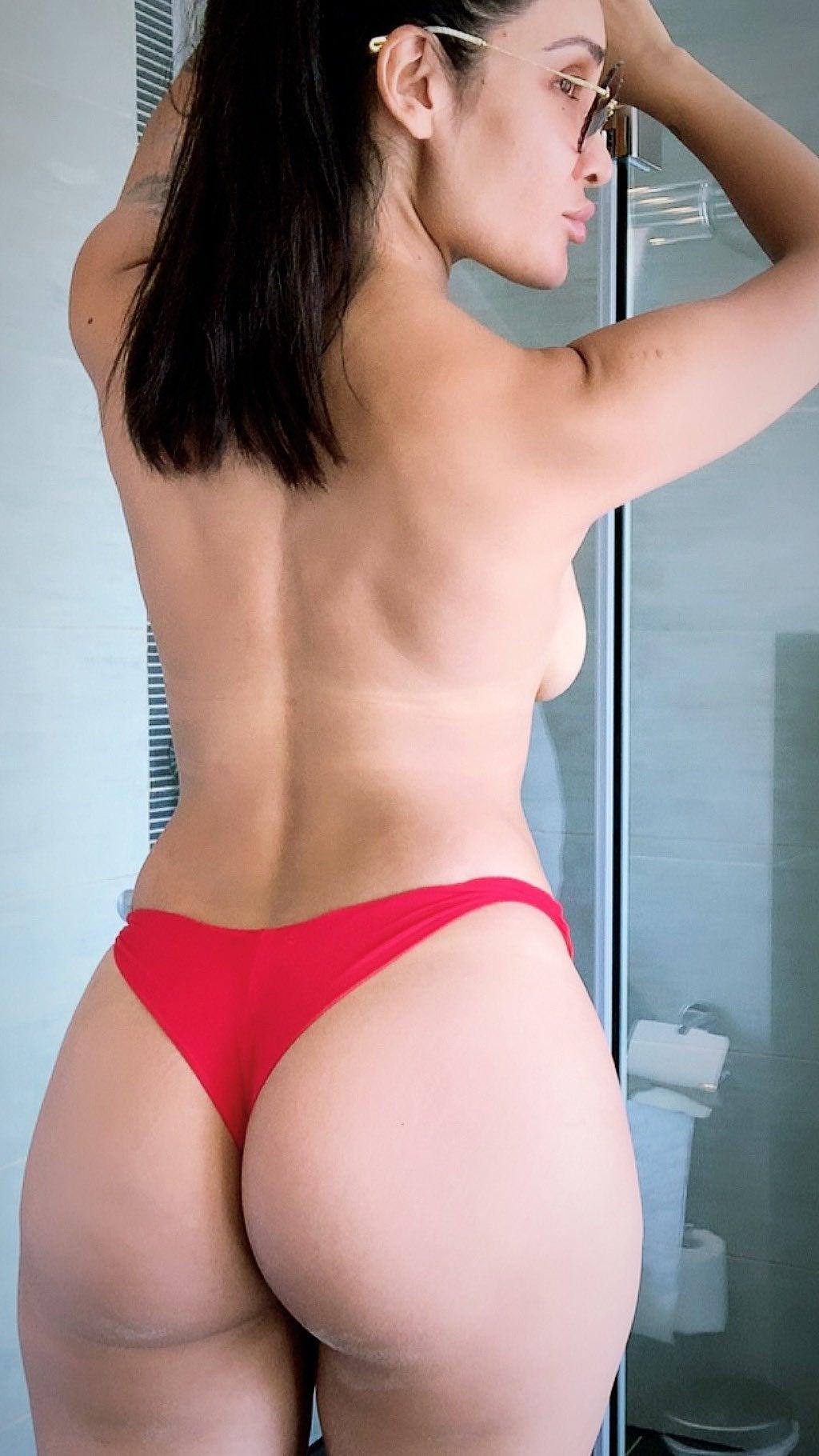 Sofia Hayat nude 18