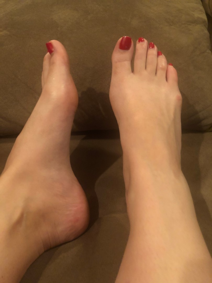 Ruby Red nude 34