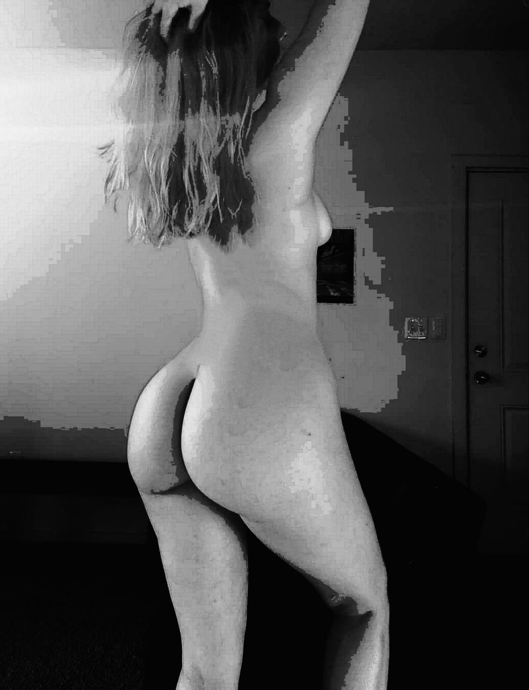 Allie Griffin nude 15