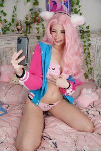 Belle Delphine Lewd Kitty Feet Selfies Onlyfans