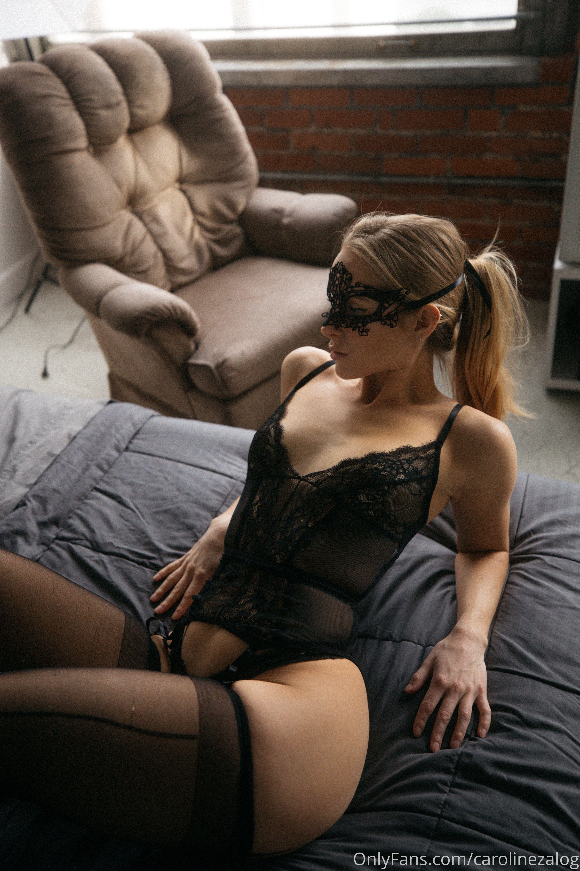 Caroline Zalog Black Lingerie Set 0001