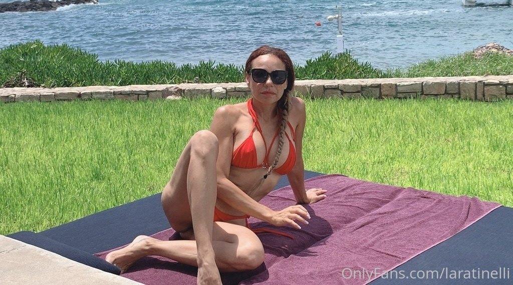 Laratinelli Laratinelli Onlyfans Nudes Leaks 0028