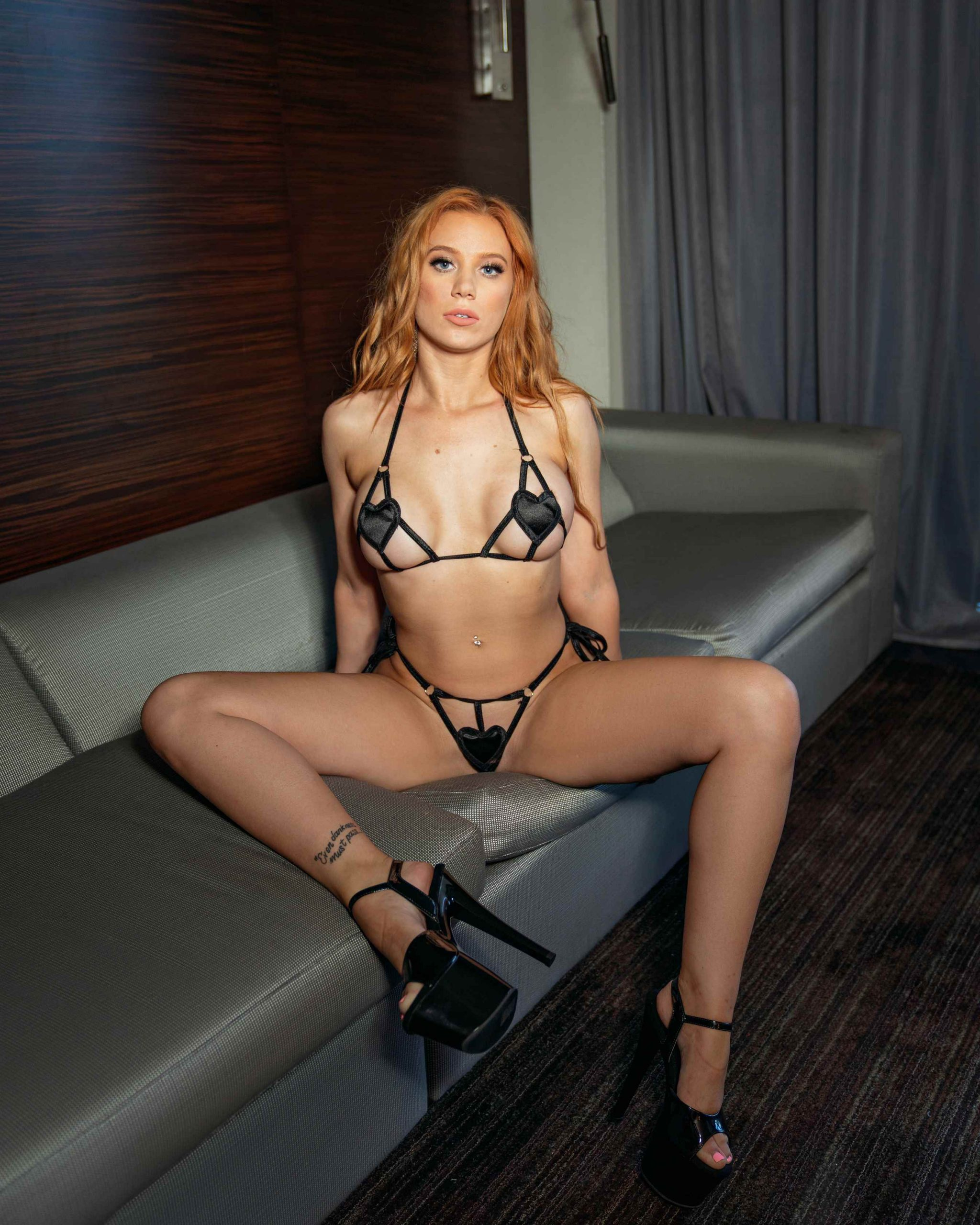 Muse X Nude Onlyfans Photos Leaked 0014
