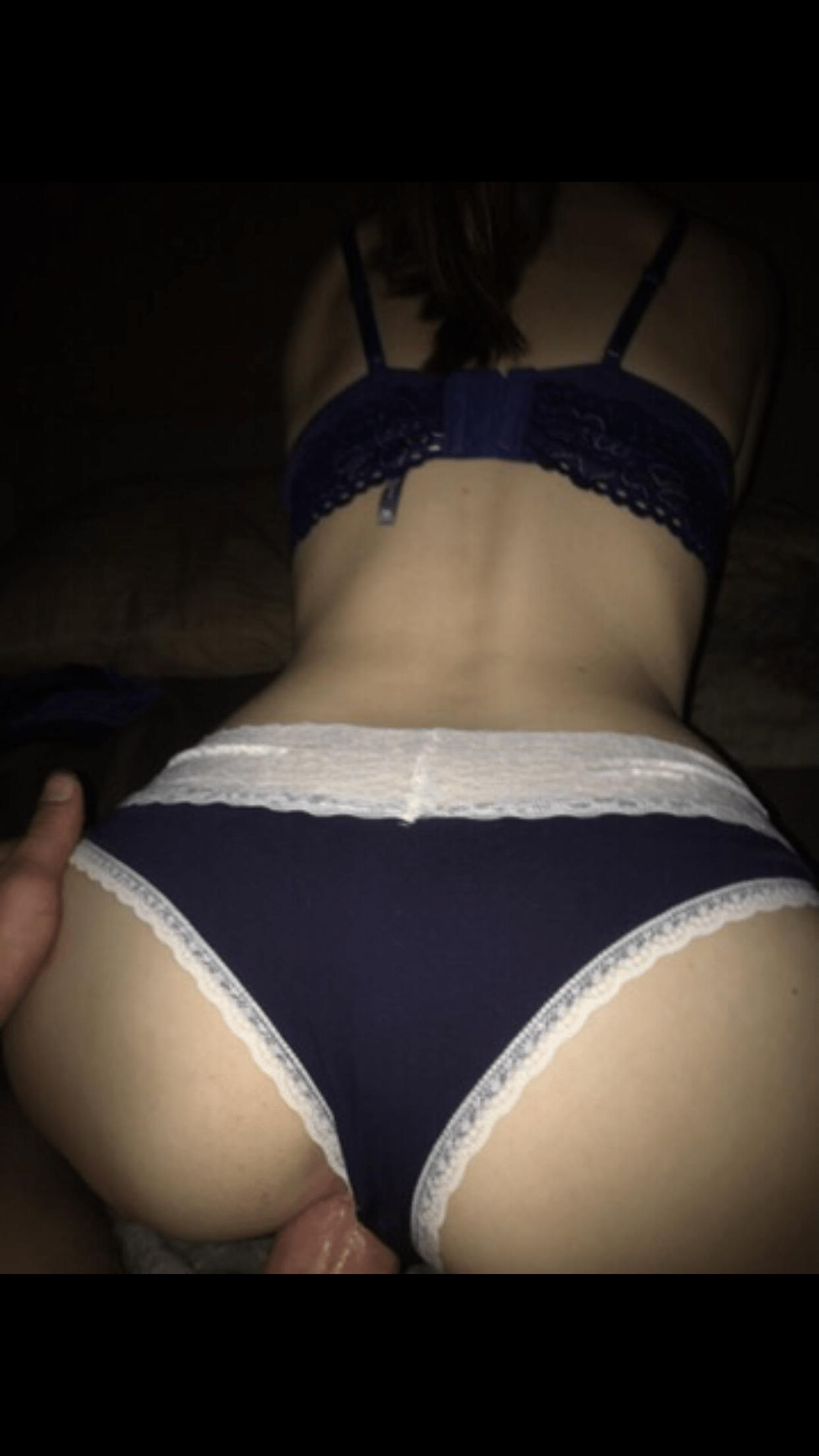 U Vmber Hot Little Web Whore0058