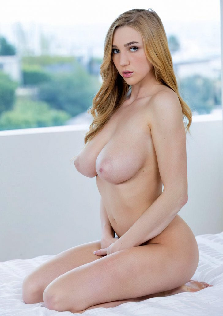 Sexy Kendra Sunderland