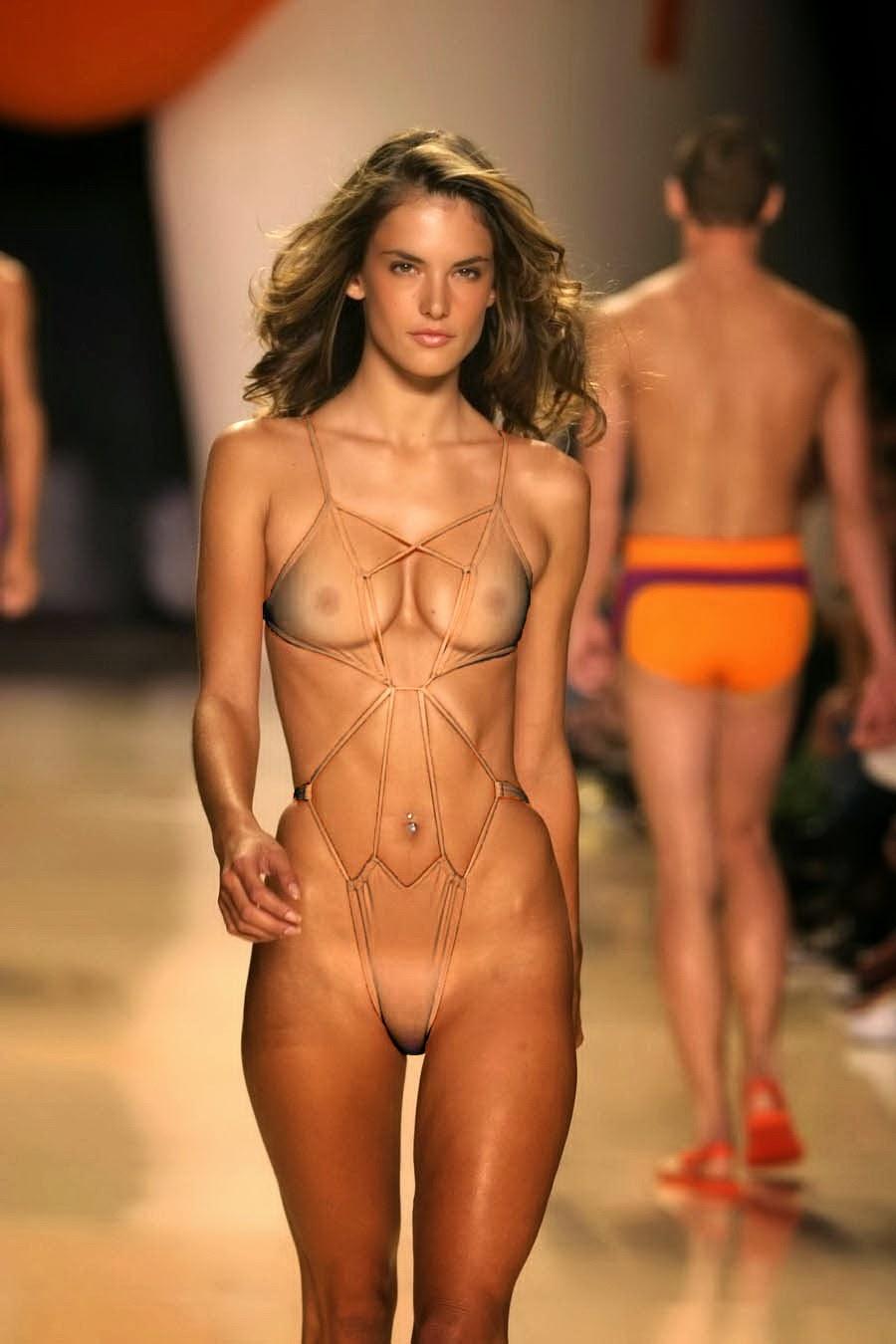 Alessandra Ambrosio Nude on a Cat Walk