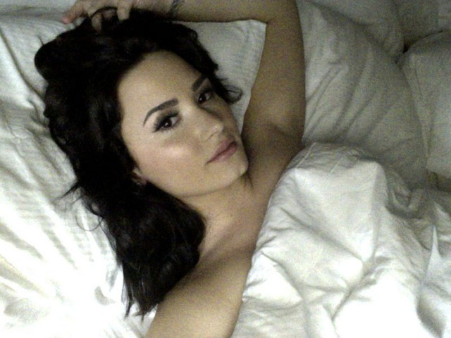 Demi Lovato  Sexy Homemade Selfie in her Bed
