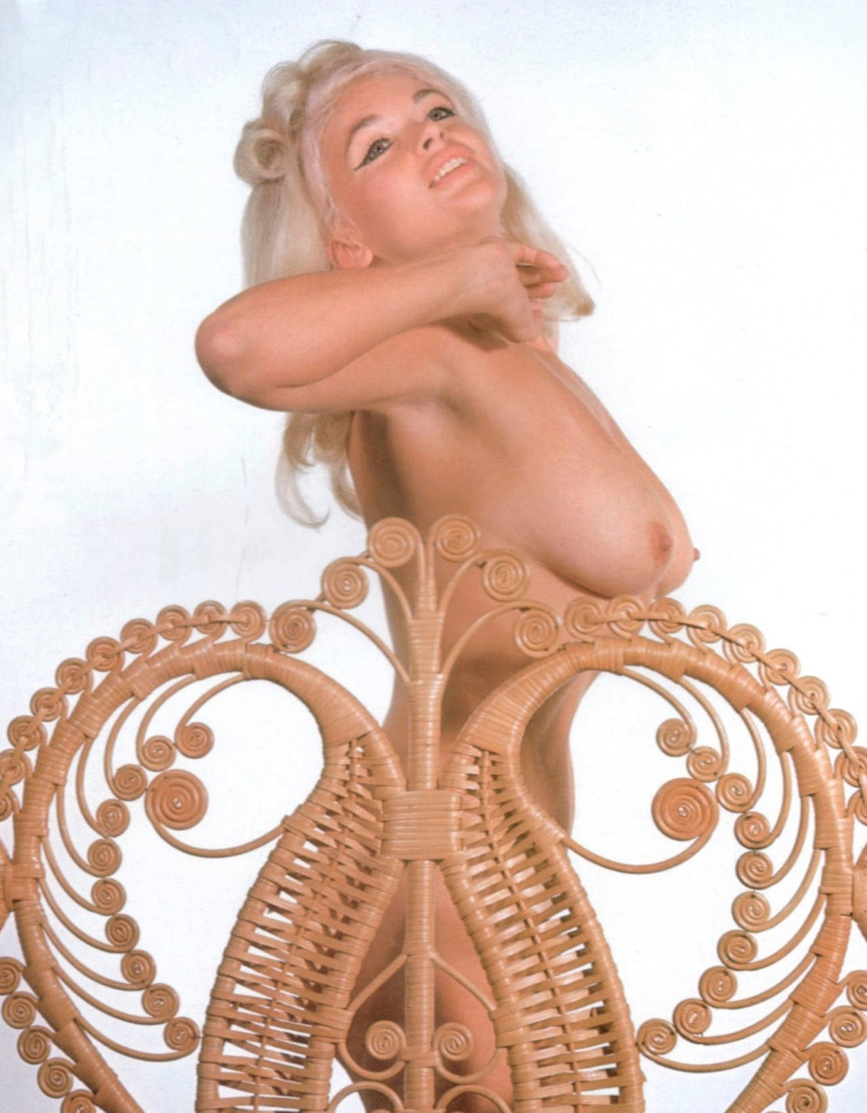Jayne Mansfield Nude Big Breasts On The White Screen