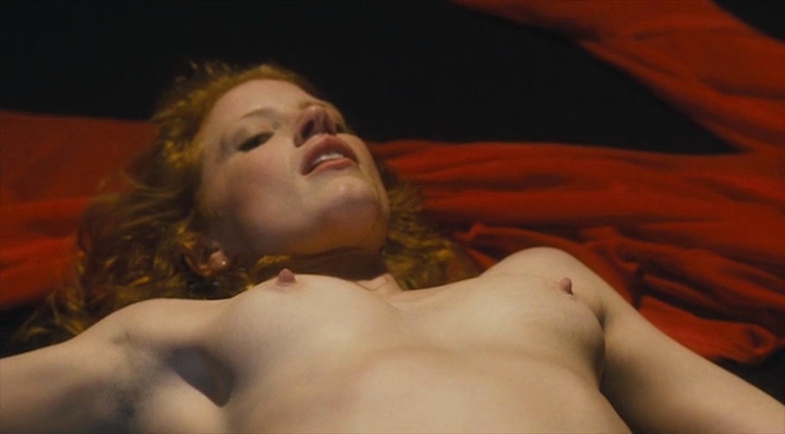 Jessica Chastain Nude Tits With Sharp Nipples