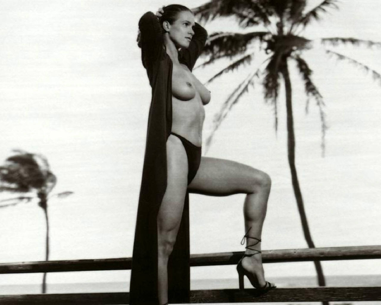 Katarina Witt Nude Posing in Black and White Picture