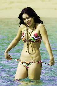Miranda Cosgrove in a Hot Swimsuit