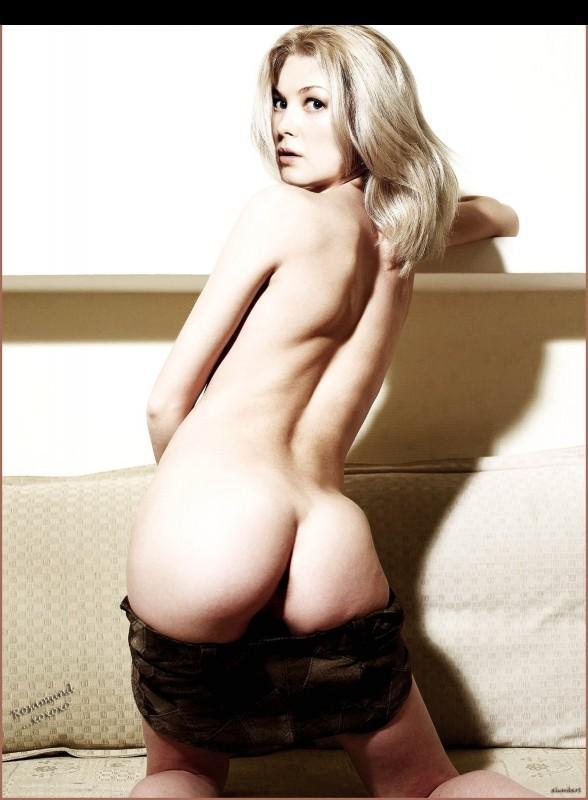 Rosamund Pike Nude Booty Hot Posing