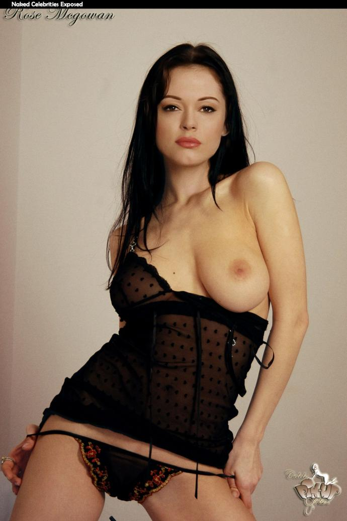 Rose McGowan Showing Nude Boob