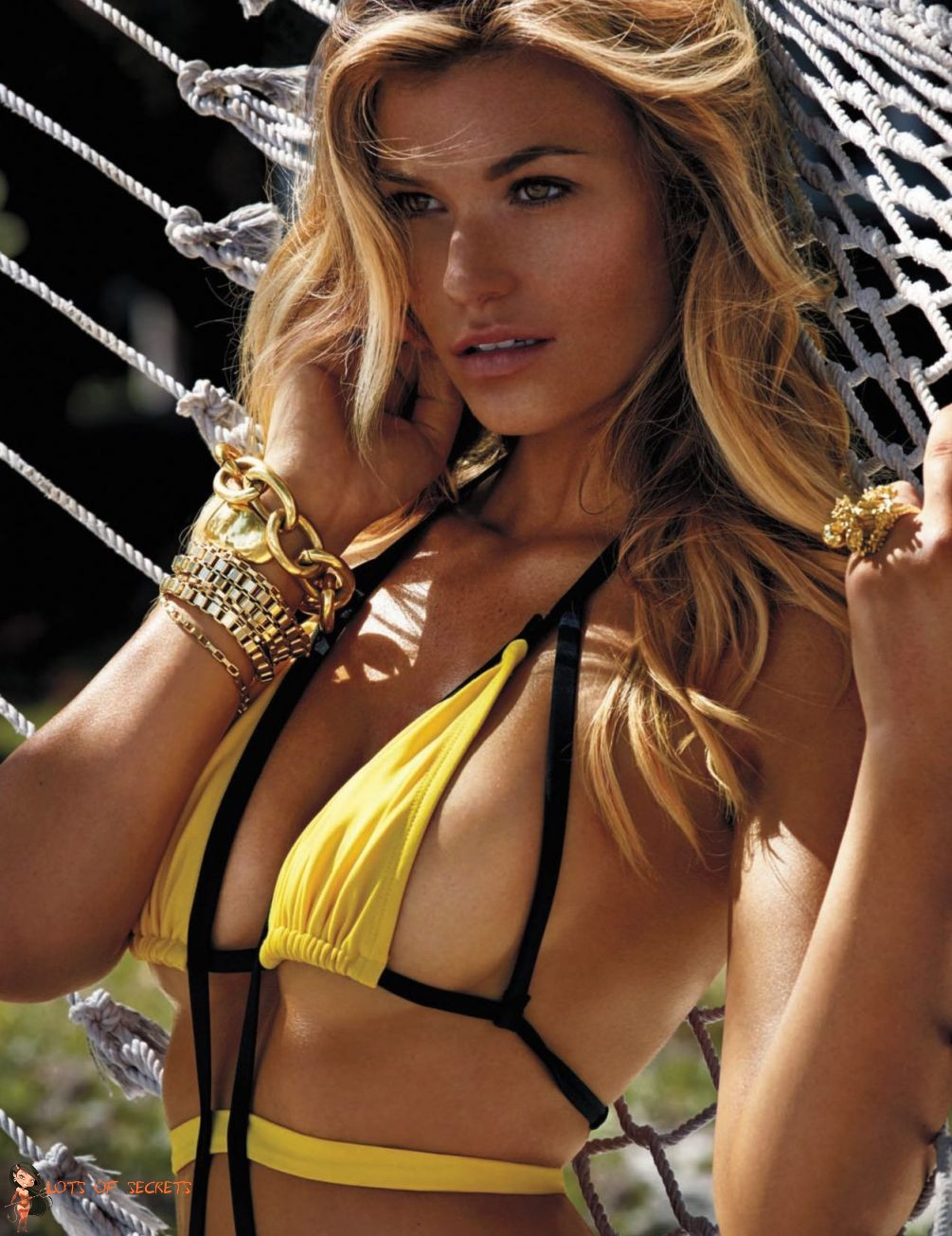 Samantha Hoopes Posing in a Slutty Tight Yellow Bikini