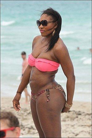 Serena Williams Half Nude Posing on the Beach